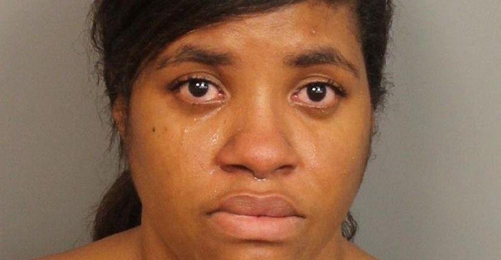 Mamá golpea a un niño por sospechar que le hacía bullying a su hijo