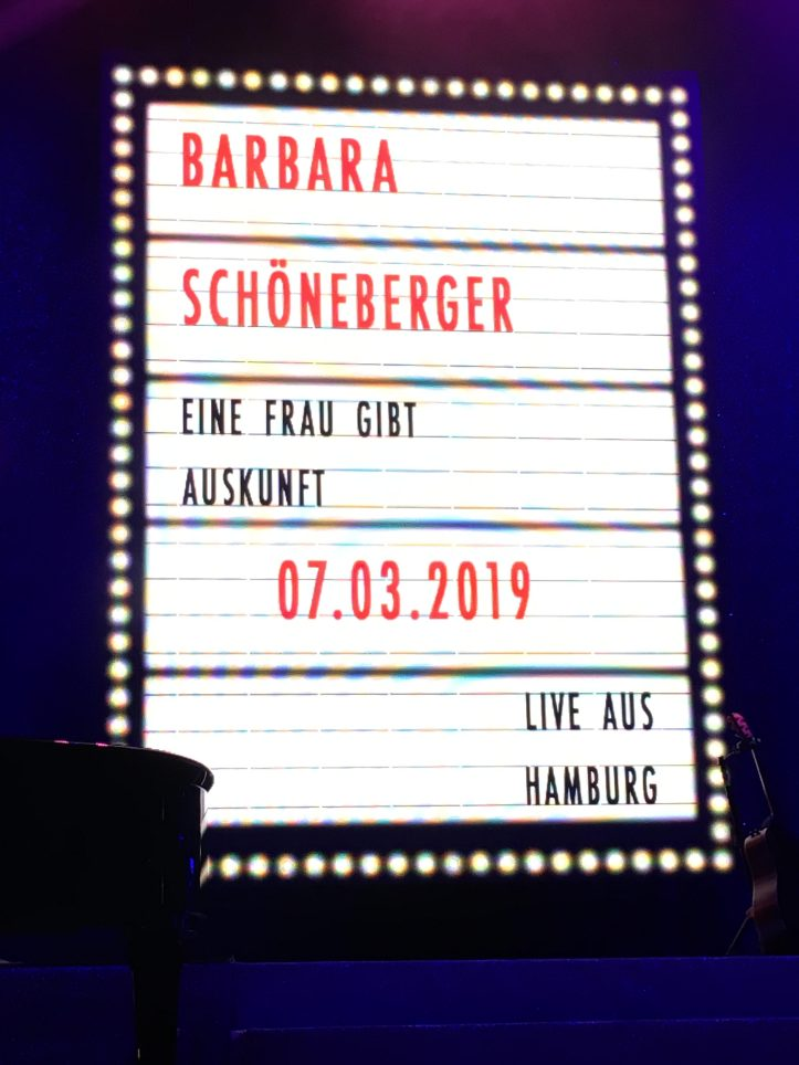 Barbara Schoeneberger in Hamburg Tourauftakt 2019 Buehnenbild
