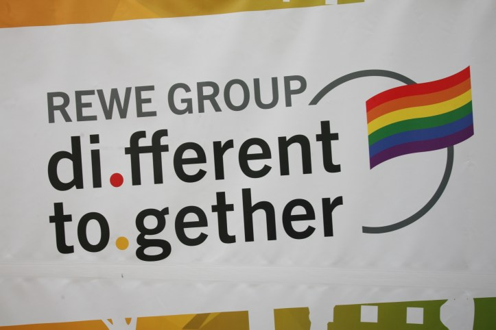 Encore CSD Hamburg 2019 Die schoensten Photos für ESC kompakt REWE Group different together