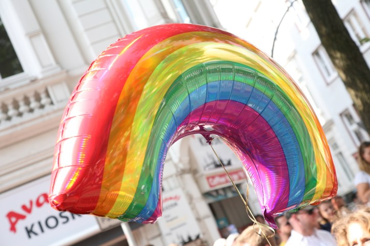 Encore CSD Hamburg 2019 Die schoensten Photos für ESC kompakt Rainbow Ballon