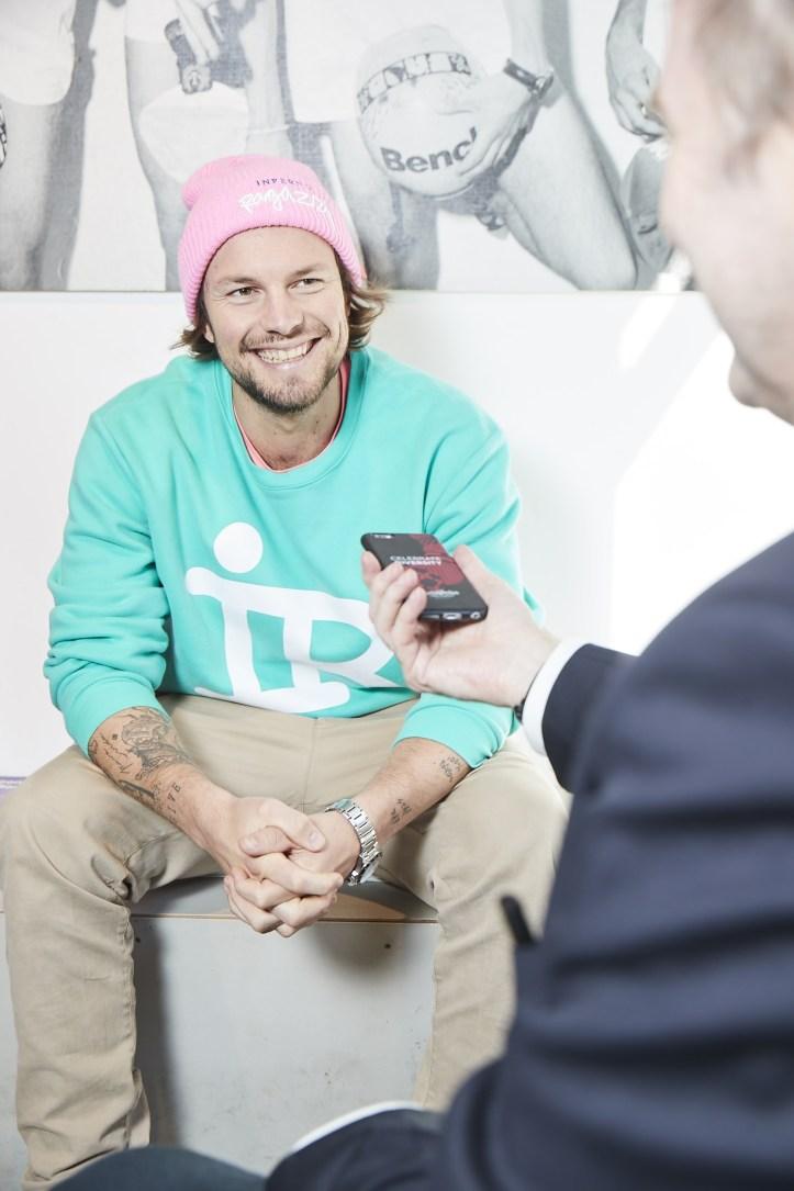 Hamburger Goldkehlchen Gruender Flemming Pinck striking smile im Interview mit ESC kompakt