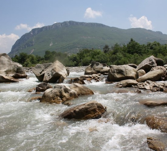 Two 2 MW hydropower plants to be built along Tirana's Erzen River, Scan Tv, 22/03/2017