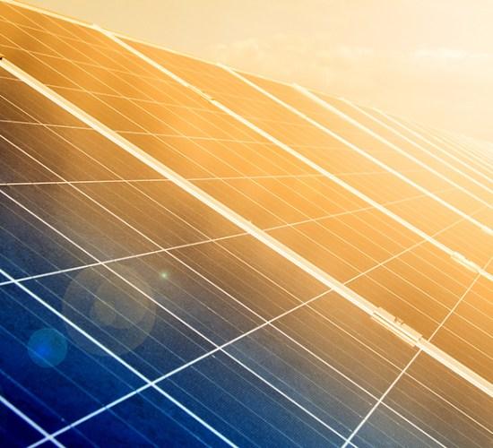 """""""Truket"""" e biznesit për të përgjysmuar faturën e energjisë, Revista Monitor, 12 Gusht 2017"""