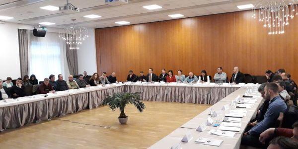 tra le parti, probleminvestimenti, concessioni, nel settore idroelettrico in Albania, problemi, tra le parti, gestionei, nel settore idroelettrico in Albania, gestione, concessioni, investimenti