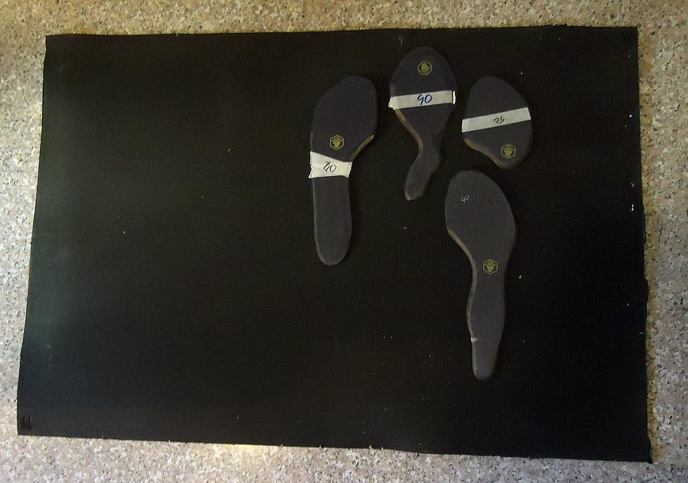 Planchas y suelas oficiales en Vibram para resolado de pies de gato