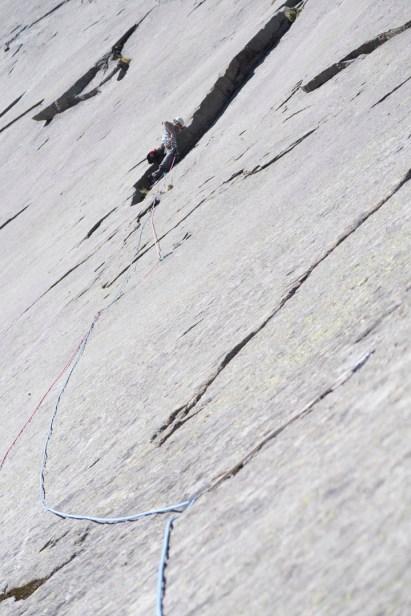 moltbaertinden-climbing-lofoten-04