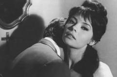 "FIGURA 167 - Still do filme ""La Croix des vivants"", de Ivan Govar (1962)"