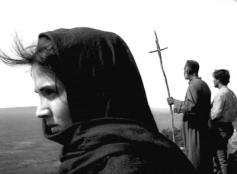 """FIGURA 53 - Still do filme """"Deus e o Diabo na Terra do Sol"""", de Glauber Rocha (1964)"""
