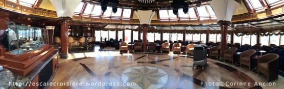 Queen Elizabeth - Yacht Club