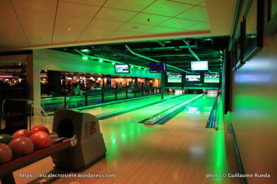 Norwegian Epic - Bowling