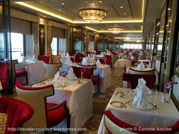 Queen Mary 2 - Queens Grill Restaurant 2016
