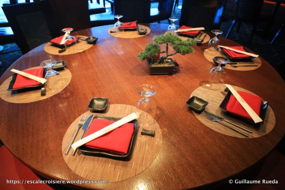 Celebrity Equinox - Restaurant Silk Harvest