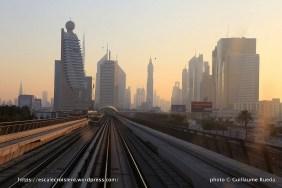 Escale à Dubaï - Emirats Arabes - Sheik Zayed Road