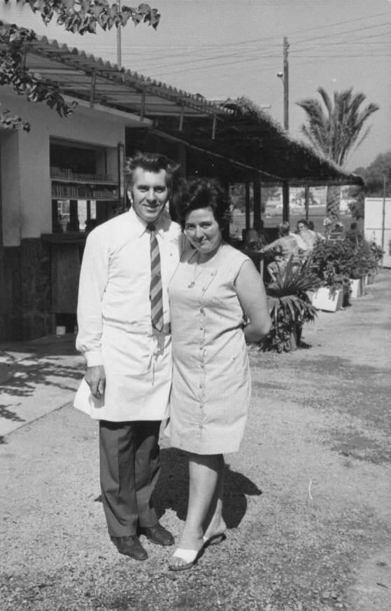 1970 Michel y Anita gerentes restaurant es canyis