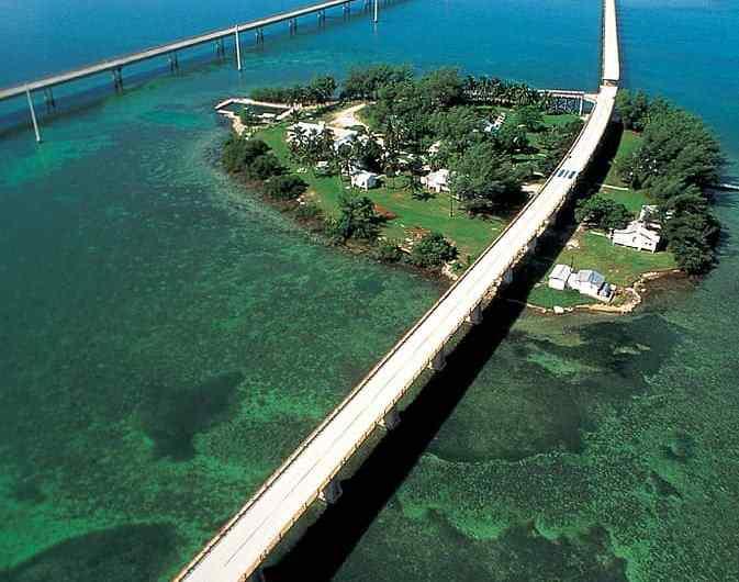 Seven Mile Bridge, más de 10 km sobre el agua de Florida