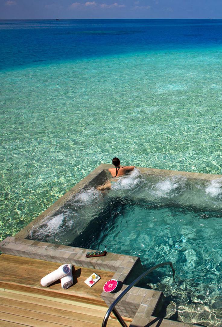 hotel vessaru en las maldivas