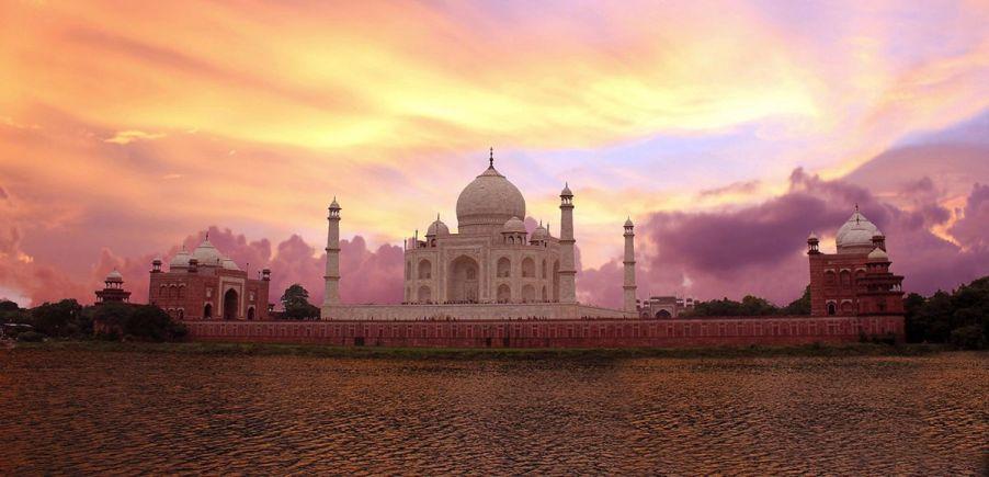 atardecer en el Taj Mahal