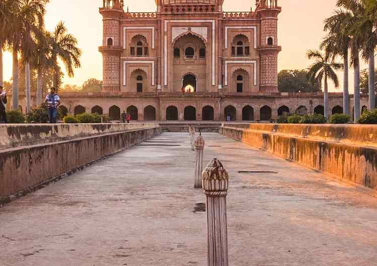 La Tumba de Safdarjung en Nueva Delhi, India