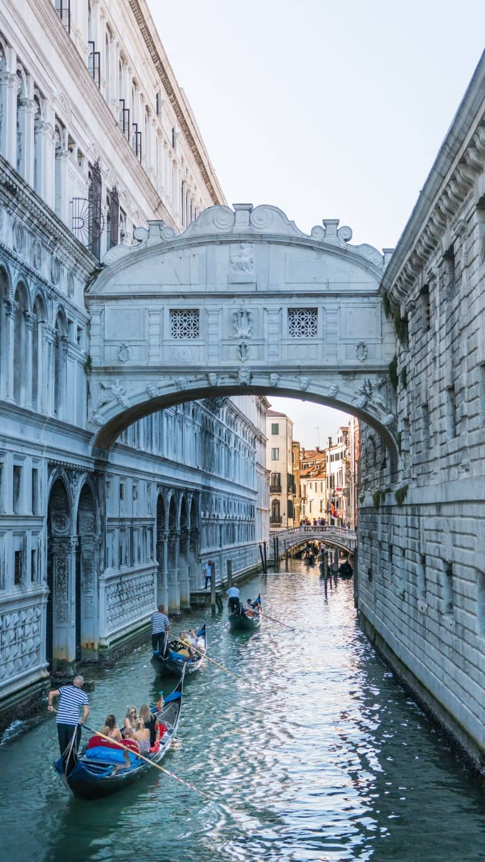 puente de los suspiros en venecia