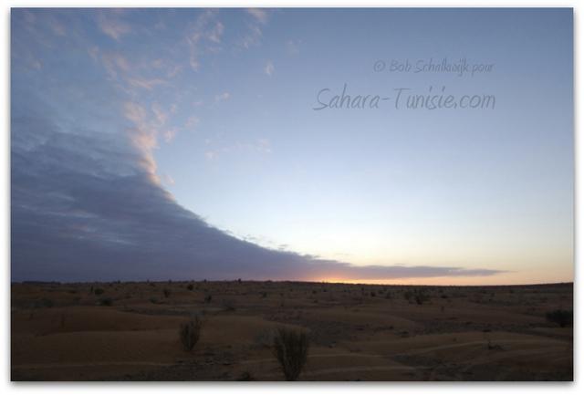 Le Sahara entre soleil et nuages