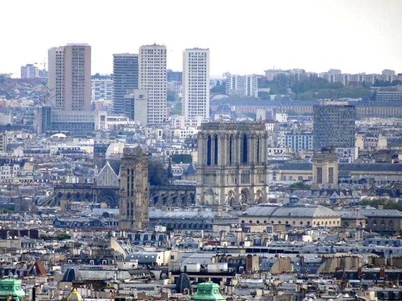 une journée à Montmartre escapades amoureuses restaurant la bonne franquette Vue sur Paris Notre-Dame