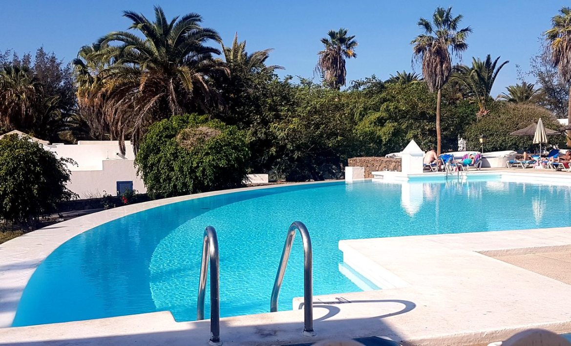 piscine du Marconfort atlantica playa blanca lanzarote escapadesamoureuses