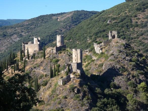 les 4 châteaux de Lastours vus du belvédère escapades amoureuses