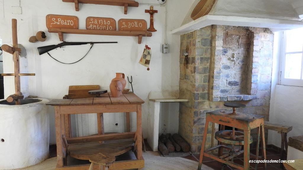 https://escapadesdemalou.com/2018/01/le-village-typique-de-jose-franco/