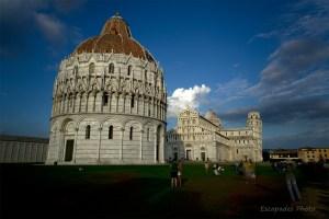 Place des Miracles à Pise : Horizontalités et verticalités