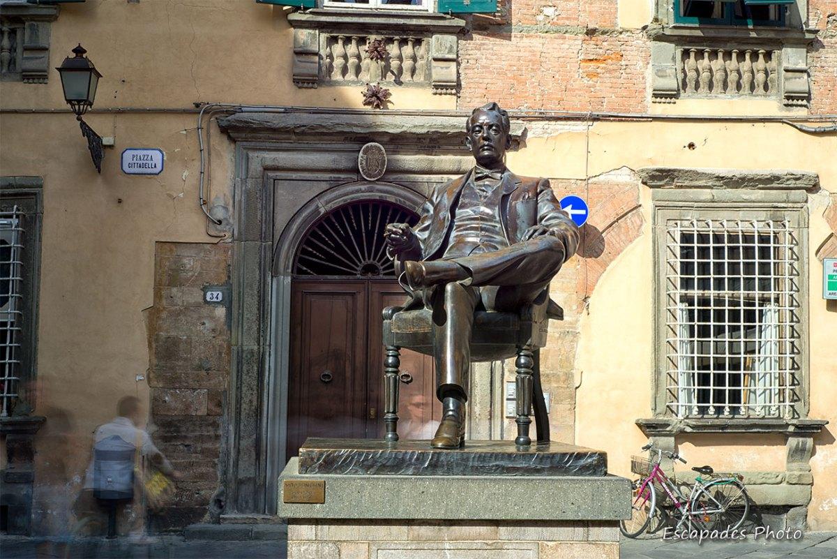 statue maison natale de Puccini Lucques