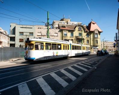 Passage du tramway calea Romanilor