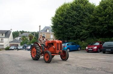 Le FIAT 25R est un tracteur moderne produit à partir de 1951.