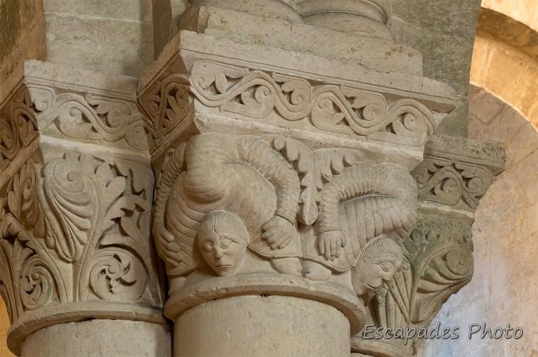 Saint Pierre de Saintonge - personnages monstrueux