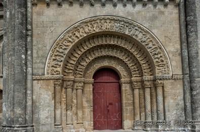 Saint-Pierre de Saintonge - portail sud