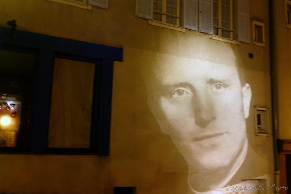 Célébrités de Chartres - Scénographie rue Saint-Pierre