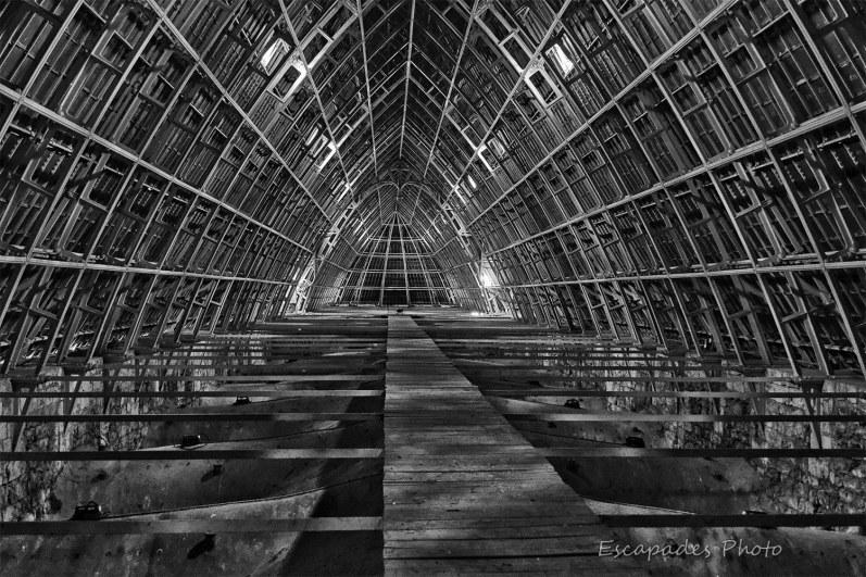 Charpente cathédrale de Chartres - photo en noir et blanc