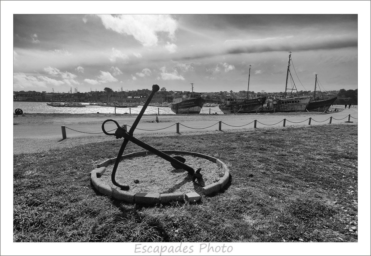 Le sillon : Ancre marine face au cimetière de bateaux