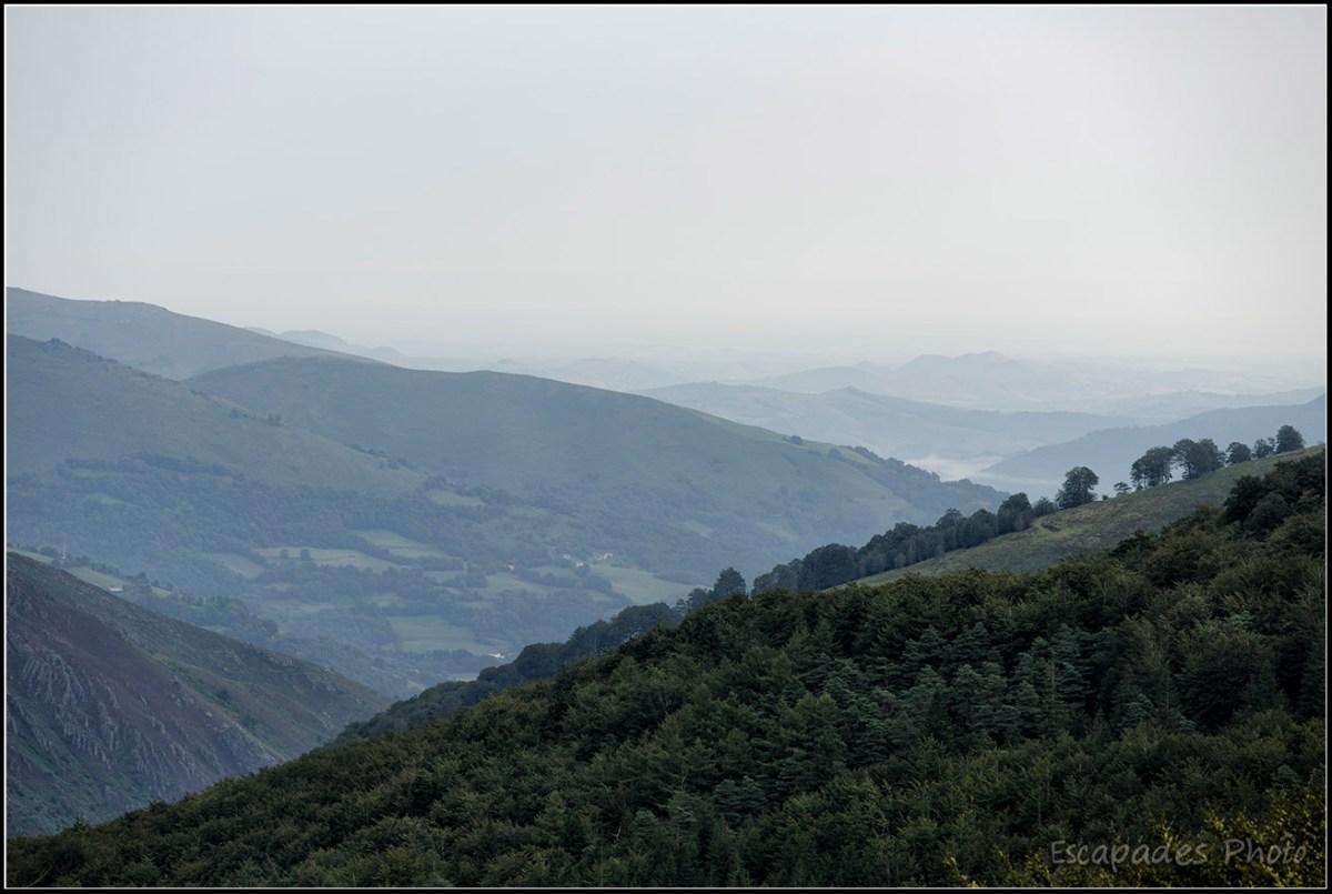 Roncevaux - voile atmosphérique sur la montagne