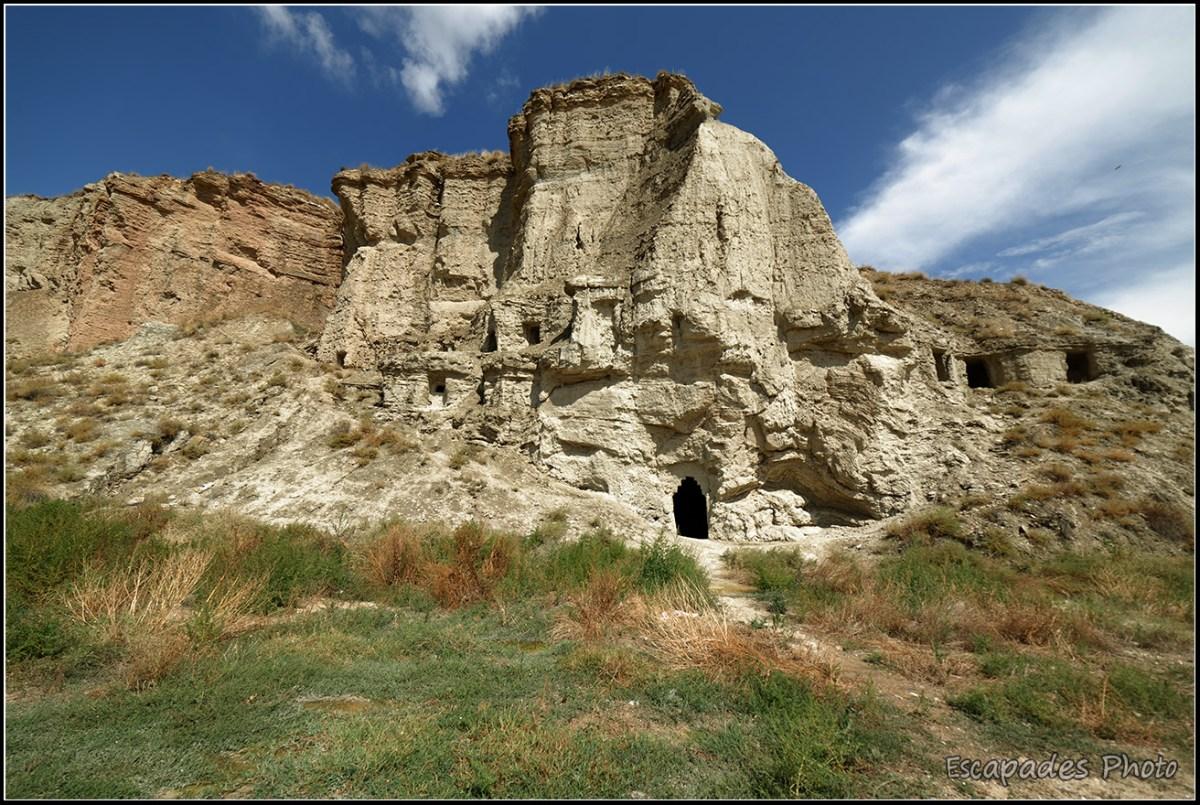 Arguedas - habitat troglodyte
