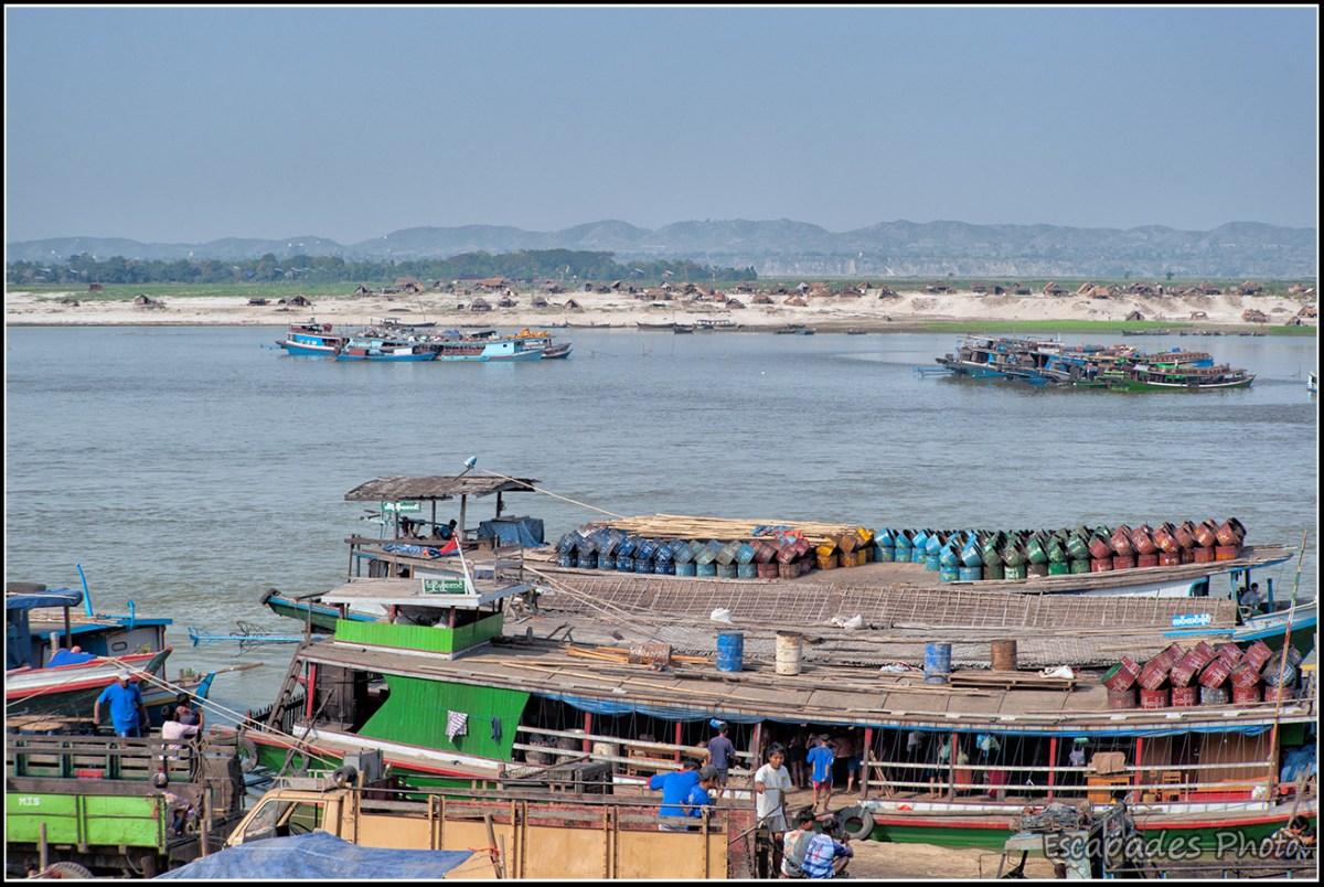 Le port fluvial de Mandalay sur l'Irrawaddy