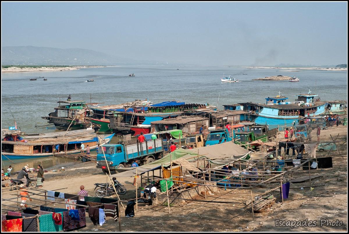 Le fleuve Irrawaddy est l'artère vitale de la Birmanie