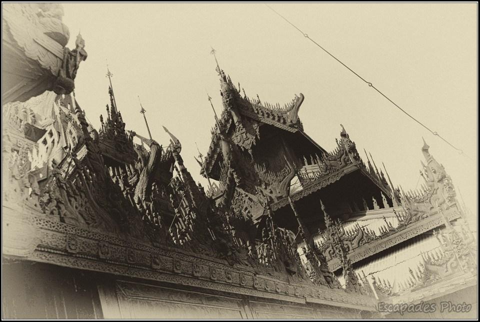 Shwenandaw Kyaung - La toiture à 4 pans