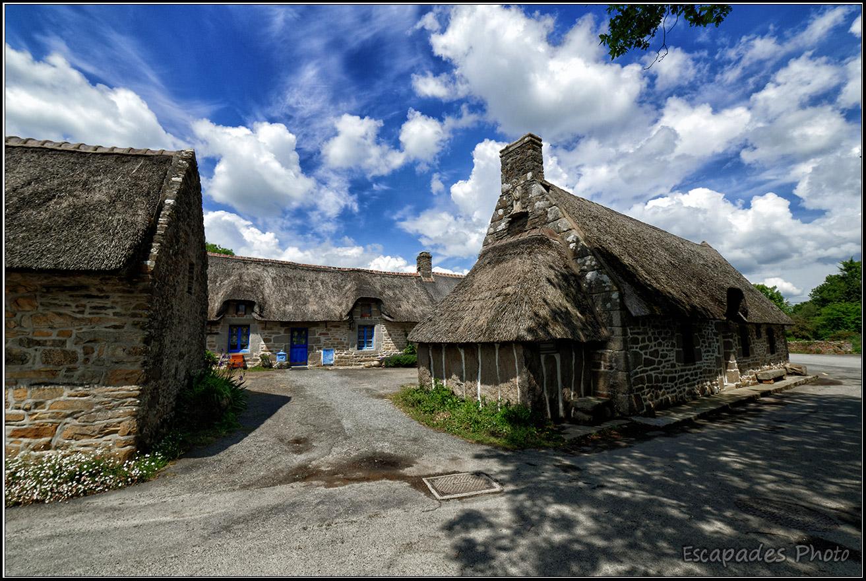 Kerascoët un hameau et des chaumières du XVe