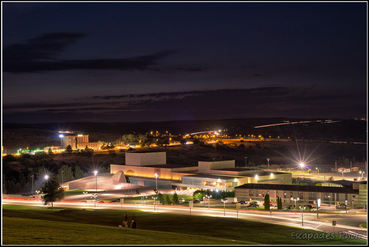 Avila la ville extra-muros illuminée