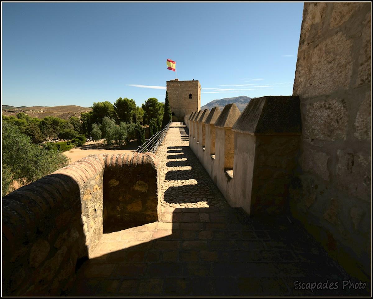 Alcazaba - murailles - le chemin de ronde