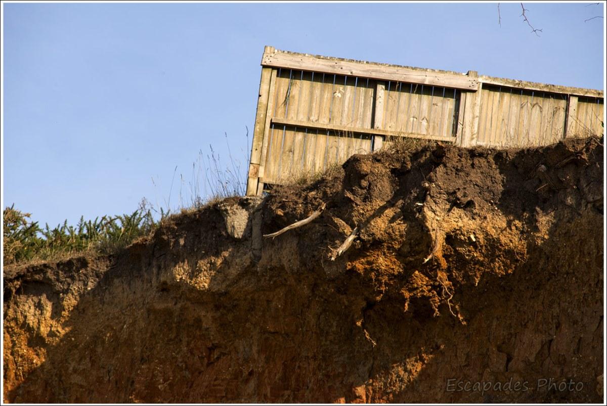 L'érosion de la falaise de la Mine d'Or est permanente