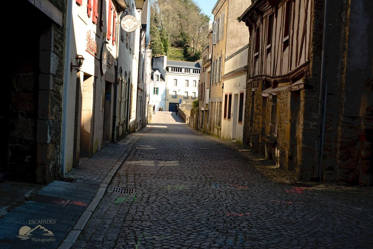 La rue Ellé et le pont Loviignon dit pont fleuri