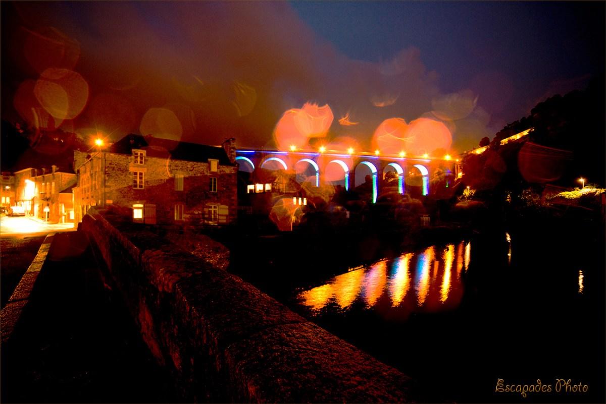 Viaduc de Dinan et vieux pont illuminés