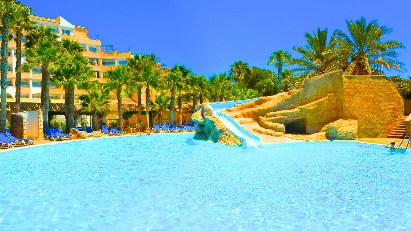 Hoteles con toboganes acu ticos escapat Aquarium en roquetas de mar