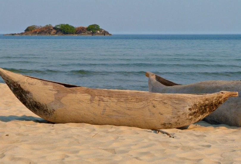 Einbäume am Malawi See - Kande Beach